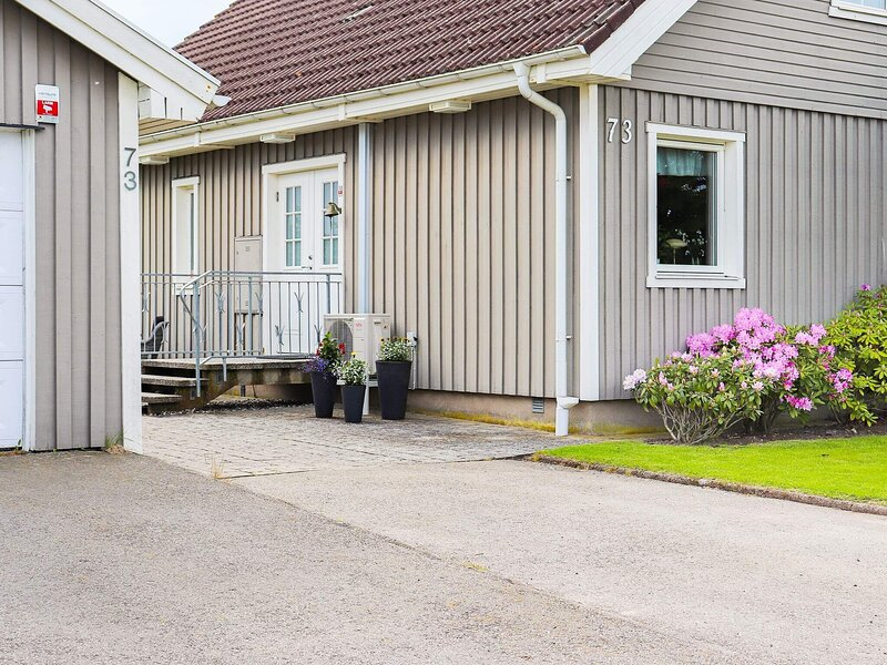 6 person holiday home in FALKENBERG, vacation rental in Halland County