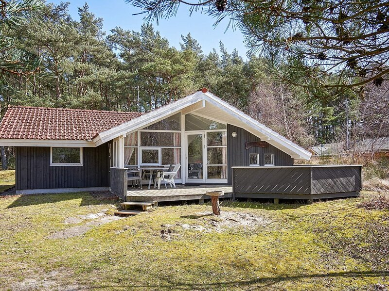 8 person holiday home in Aakirkeby, holiday rental in Akirkeby