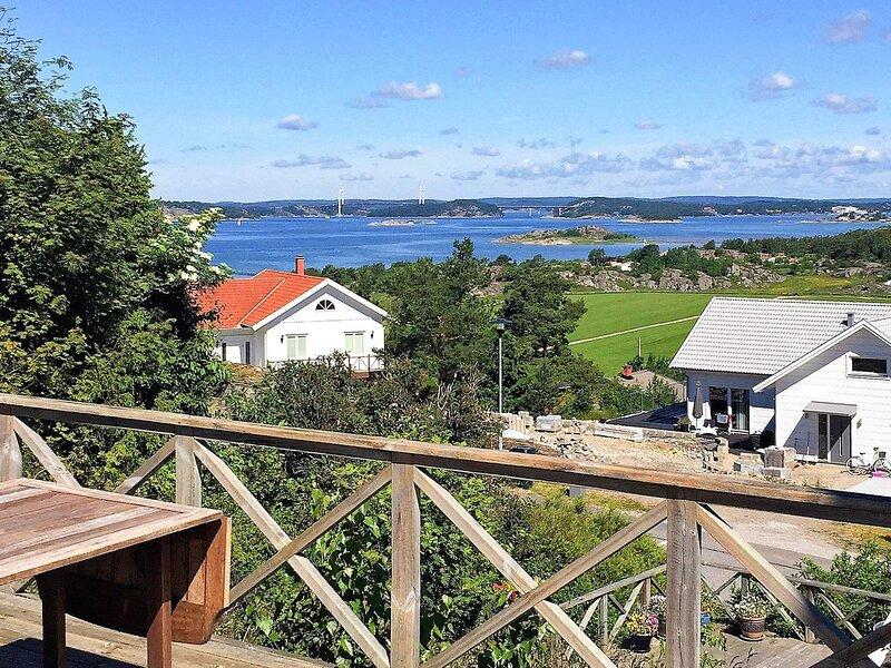 4 person holiday home in STORAHÖGA, alquiler vacacional en Stora Dyron