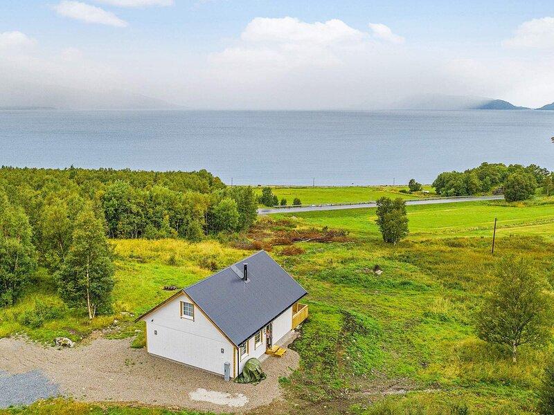 4 star holiday home in Bindalseidet, casa vacanza a Nordland