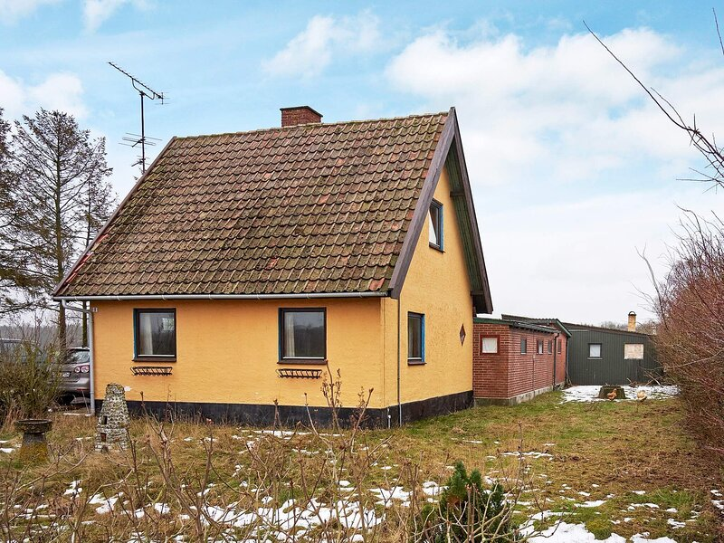 8 person holiday home in Hasle, holiday rental in Hasle