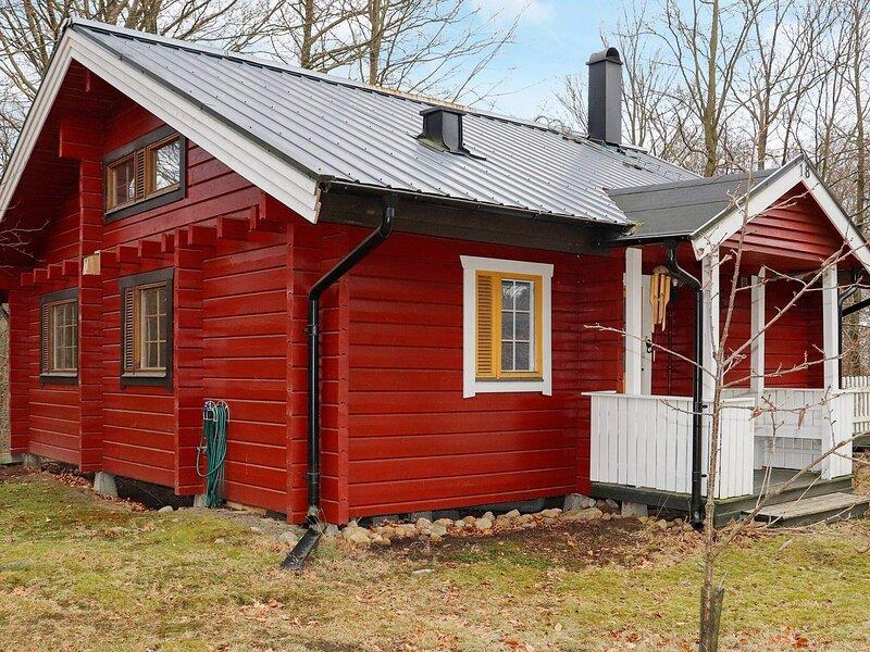 4 person holiday home in HJÄRNARP – semesterbostad i Torekov