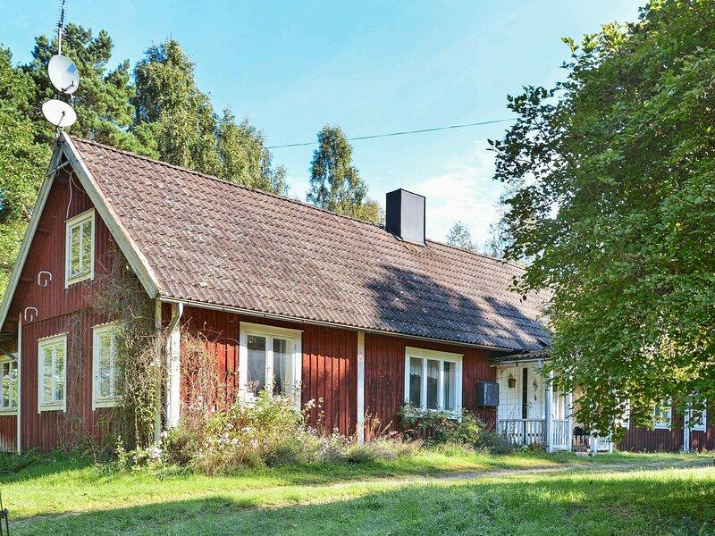 8 person holiday home in LÖNSBODA, alquiler de vacaciones en Kyrkhult