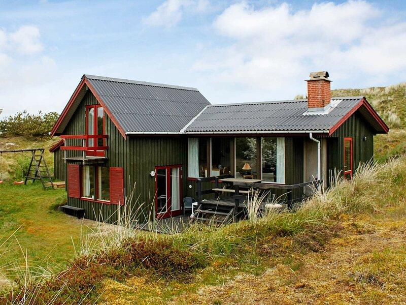 Cosy Holiday Home in Fanø near Sea, holiday rental in Fanoe