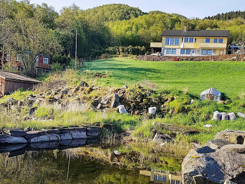 6 person holiday home in taø, location de vacances à Jorpeland