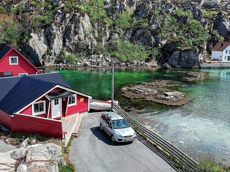 6 person holiday home in rubbestadneset, aluguéis de temporada em Stord Municipality