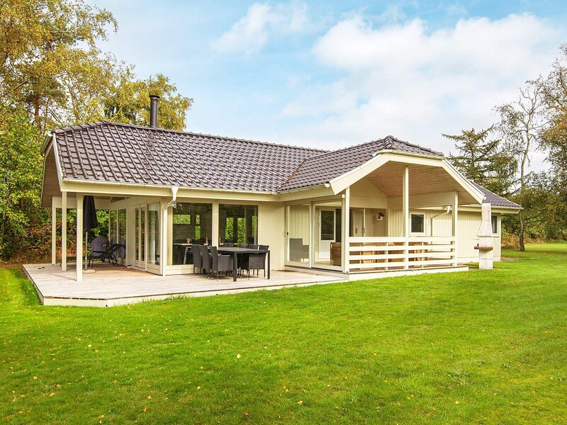Scenic Holiday Home in Børkop near Sea, holiday rental in Egeskov