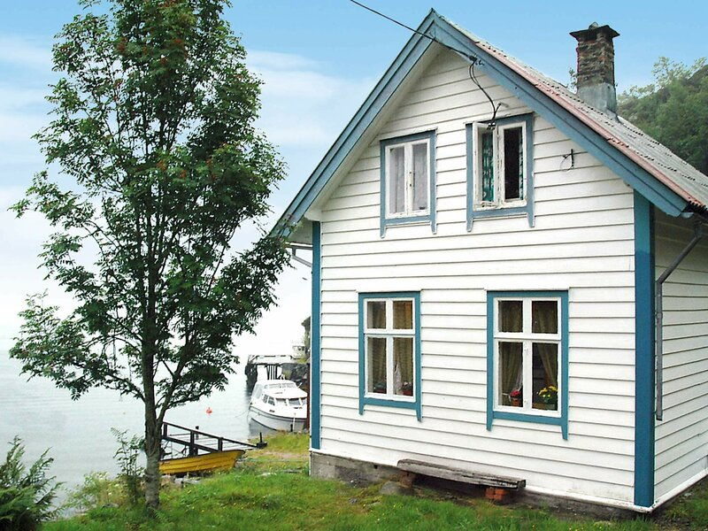 5 person holiday home in Svelgen, holiday rental in Barmen
