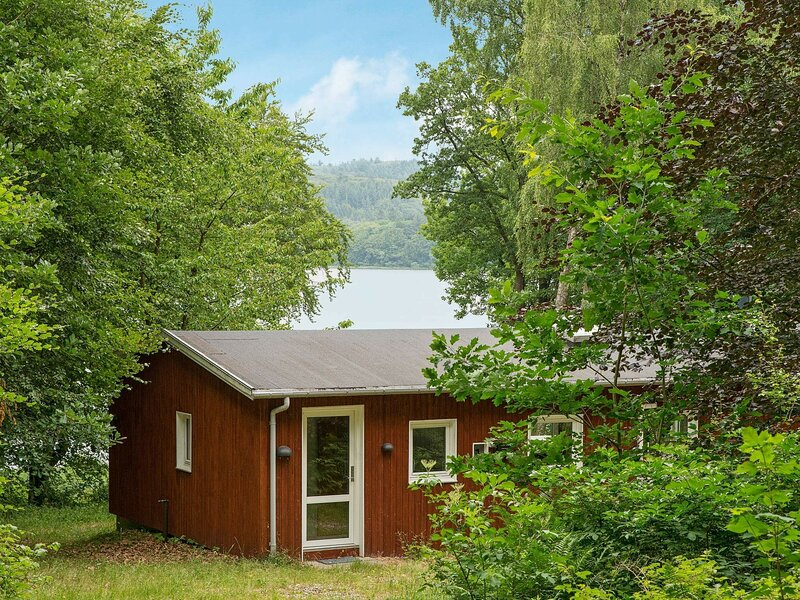 Spacious Holiday Home in Jutland with TV, holiday rental in Harlev