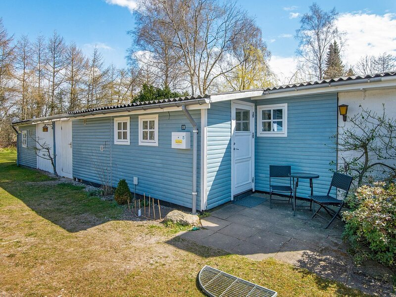 Cozy Holiday Home in Silkeborg with Terrace, casa vacanza a Kjellerup