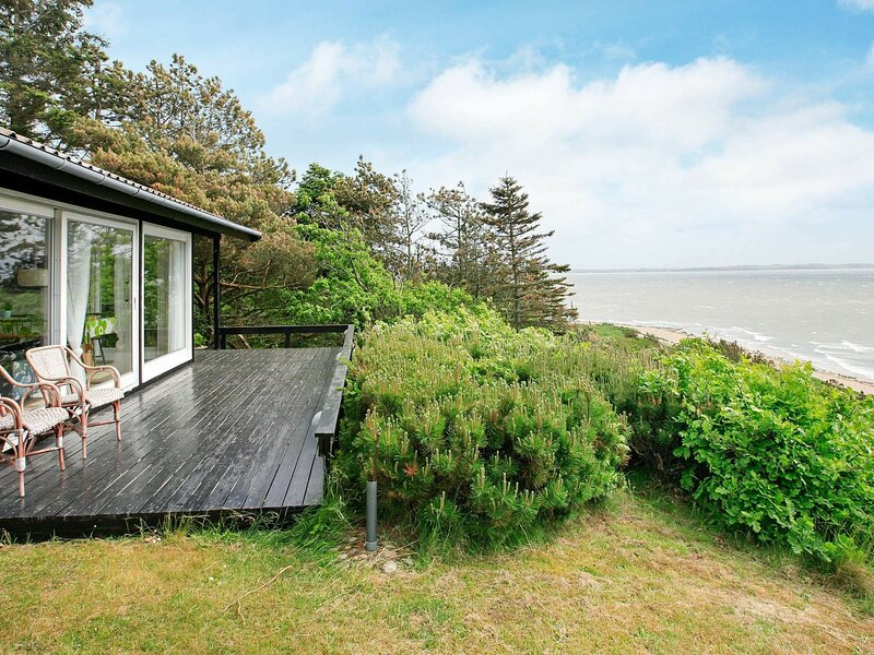 Marvellous Holiday Home in Jutland with Barbecue, holiday rental in Vinderup
