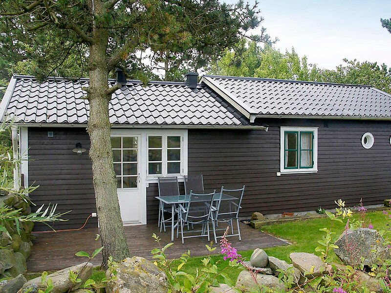 4 person holiday home in GLOMMEN – semesterbostad i Varberg