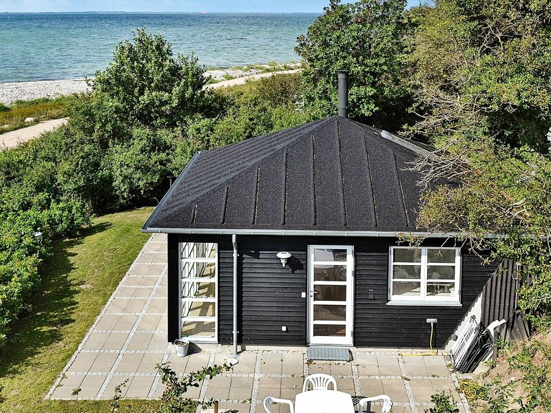 Quaint Holiday Home in Martofte with Sea View, holiday rental in Dalby