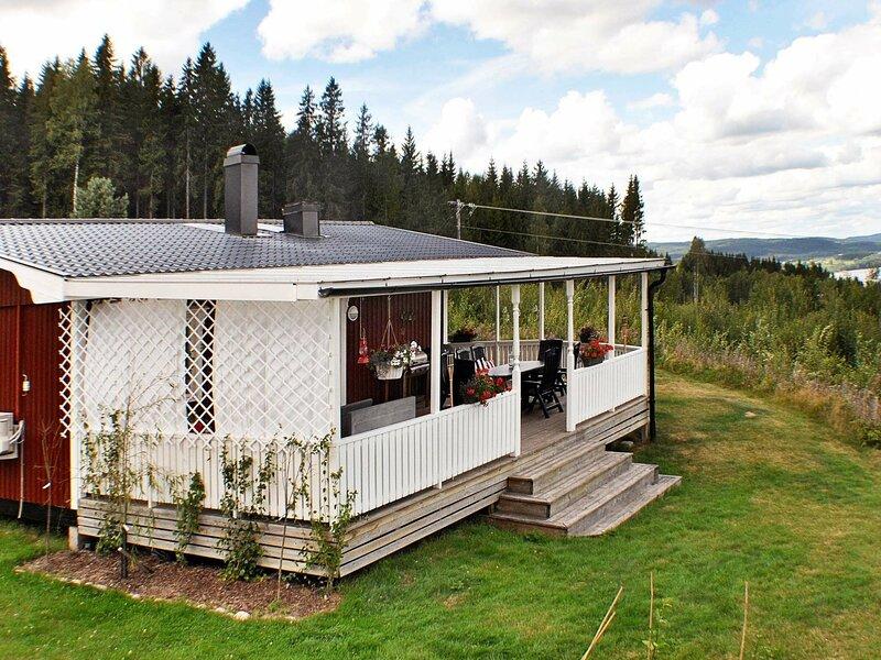 4 star holiday home in GRÄSMARK, aluguéis de temporada em Sunne