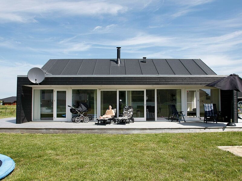 Exquisite Holiday Home in Brovst with Sauna, alquiler vacacional en Fjerritslev