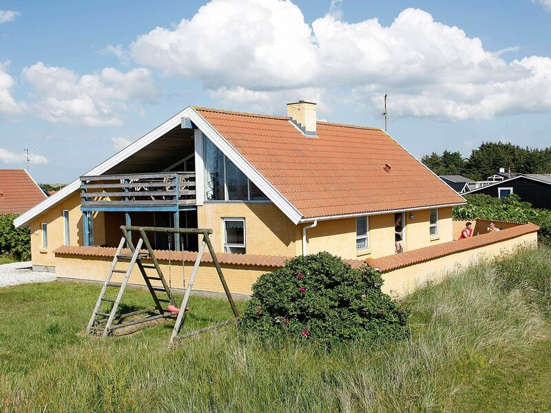 Seclusive Holiday Home in Thisted with Sauna, holiday rental in Skyum
