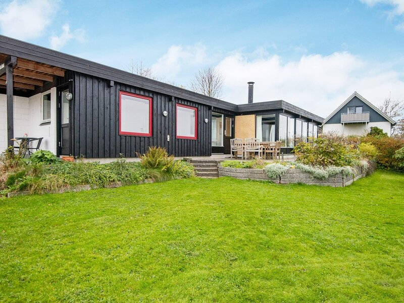 Balmy Holiday Home in Børkop with Terrace, holiday rental in Skive