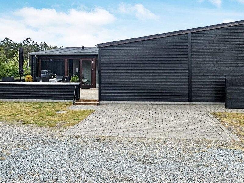 Modern House in Romo with Sauna, holiday rental in Ballum