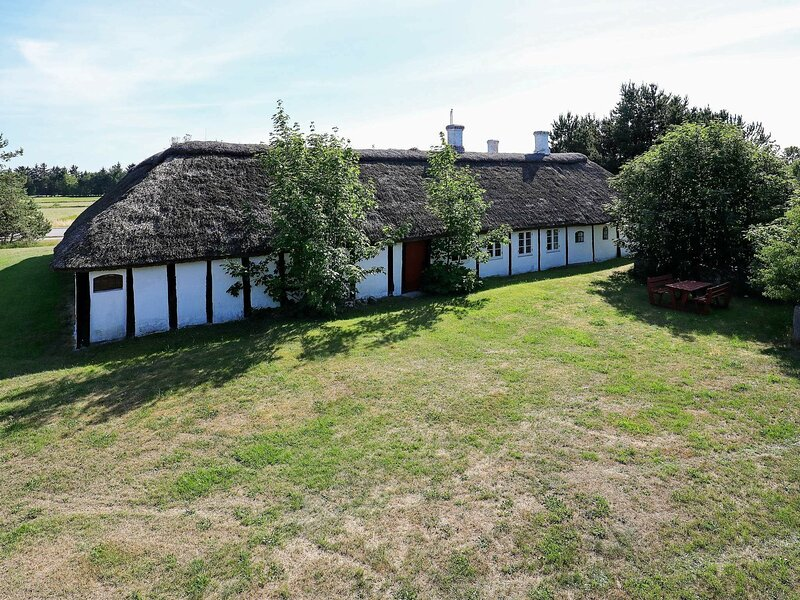Modern Holiday Home in Nordjylland with Barbecue, holiday rental in Laesoe Island
