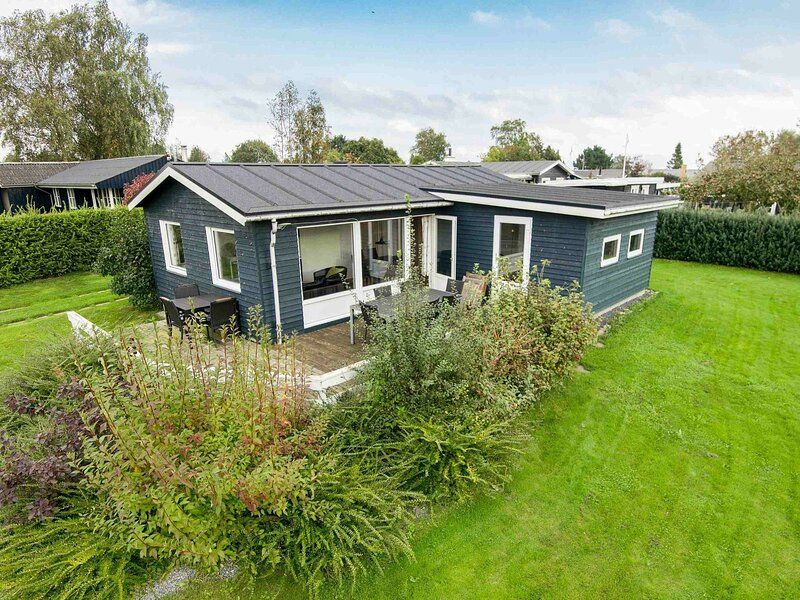Scenic Holiday Home in Hejls near Sea, vacation rental in Christiansfeld