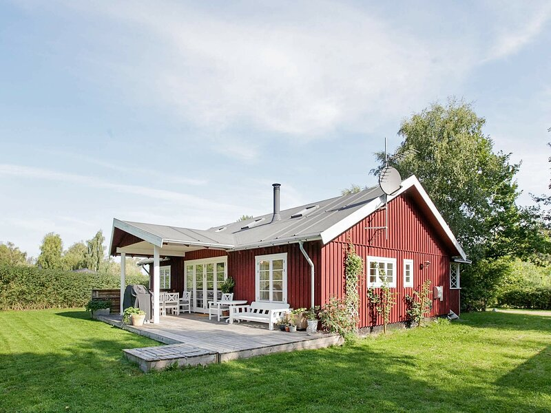 Quaint Holiday Home in Hovedstaden With Whirlpool, location de vacances à Kulhuse