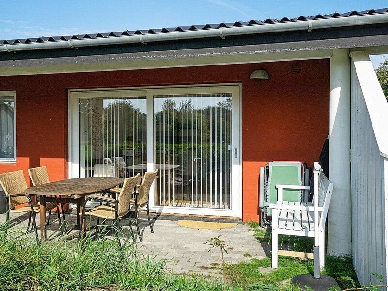 Modern Apartment in Bornholm With Swimming Pool, holiday rental in Akirkeby