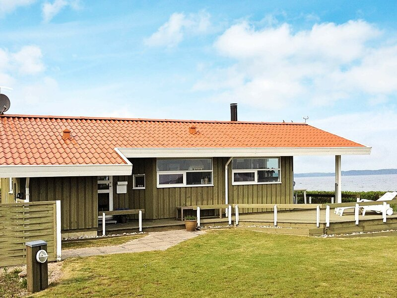 Peaceful Holiday Home in Børkop With Sea View, holiday rental in Egeskov