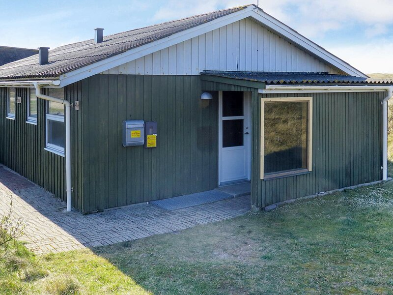 Quaint Holiday Home in Harboøre Jutland Near Sea, holiday rental in Ferring