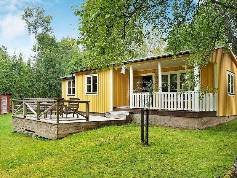 6 person holiday home in HJÄLTEVAD, holiday rental in Holsbybrunn