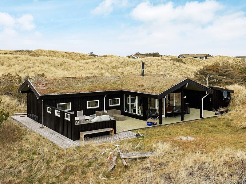 Peaceful Holiday Home in Saltum With Roofed Terrace, holiday rental in Pandrup