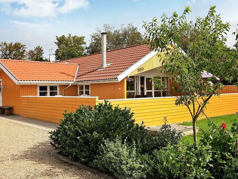 Vintage Holiday Home in Hemmet for 6 People, location de vacances à Bork Havn