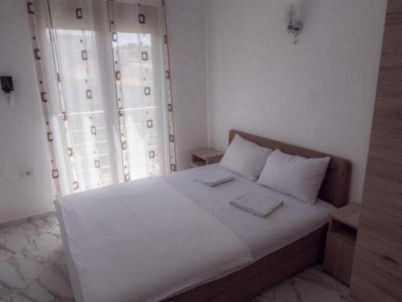 Apartments Kajic Plus -Two Bedroom Apartments with Sea view 1, holiday rental in Dubrava