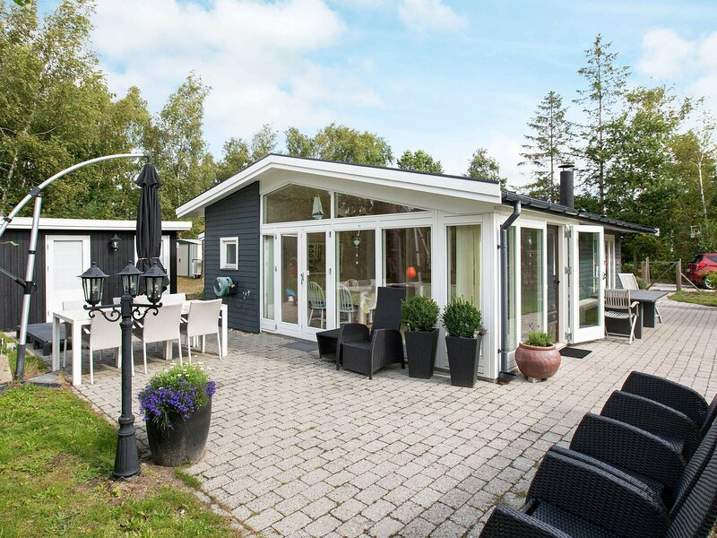 Elegant Holiday Home in Zealand with Terrace, holiday rental in Nykoebing