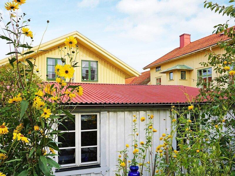 4 person holiday home in MARSTRAND, alquiler vacacional en Stora Dyron
