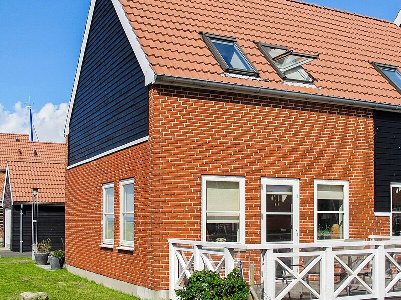 Lovely Holiday Home in Borre with Barbecue, holiday rental in Vordingborg Municipality