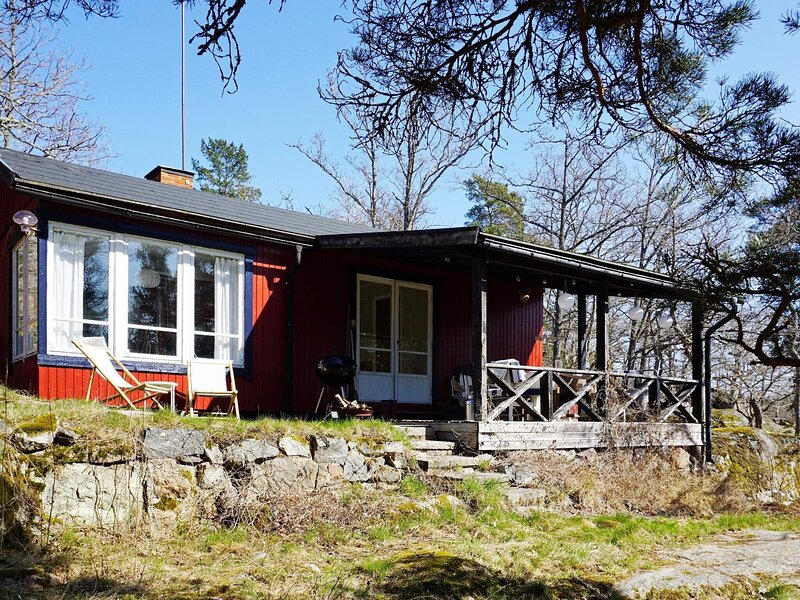 4 star holiday home in DJURHAMN, alquiler vacacional en Varmdo