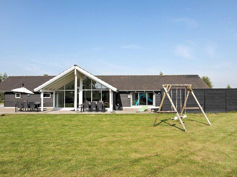 5 star holiday home in Vejby, holiday rental in Tisvildeleje
