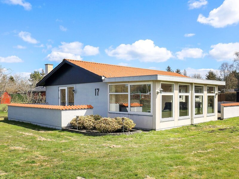 5 person holiday home in Hals, holiday rental in Aalborg