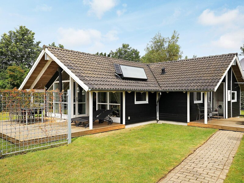 Lively holiday home in Otterup with Whirlpool, holiday rental in Dalby