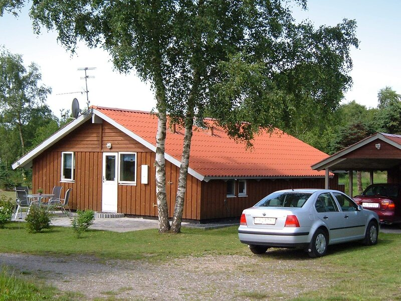 Peaceful Holiday Home in Farsø with Whirlpool, holiday rental in Vesthimmerland Municipality