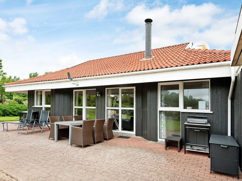 Luxurious Holiday Home in Hejls with Sauna, vacation rental in Christiansfeld