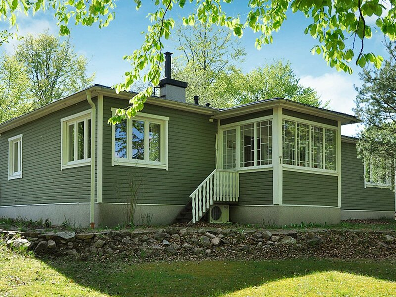 4 star holiday home in ÖRKELLJUNGA, location de vacances à Bjarnum