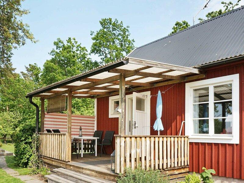 4 person holiday home in ÅLEM, location de vacances à Kalmar