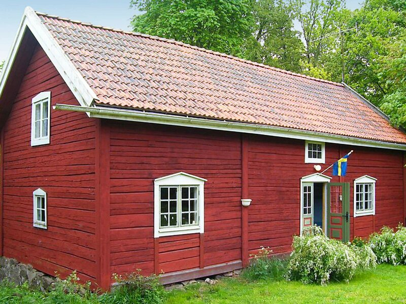 8 person holiday home in VIMMERBY, location de vacances à Horn