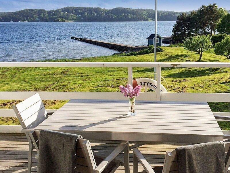 4 star holiday home in LJUNGSKILE – semesterbostad i Trollhättan
