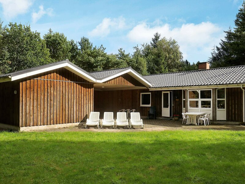 Boutique Holiday Home in Jutland with Sauna, holiday rental in Asaa