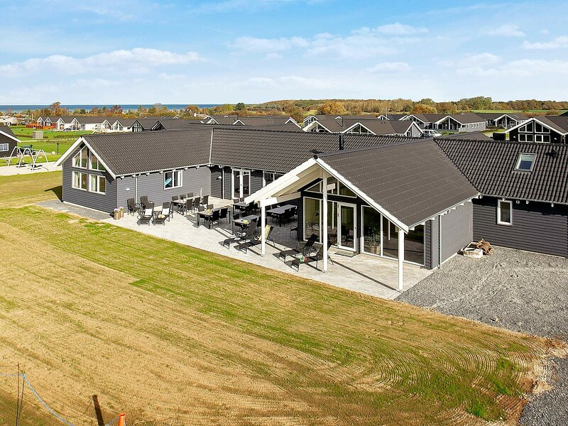 Spacious Holiday Home in Funen with Terrace, location de vacances à Brenderup