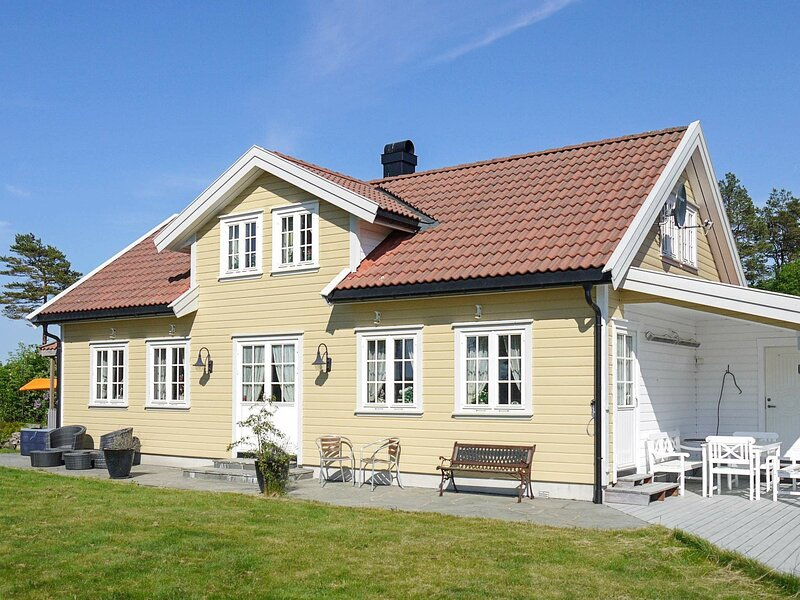 10 person holiday home in kongshavn, vacation rental in Southern Norway