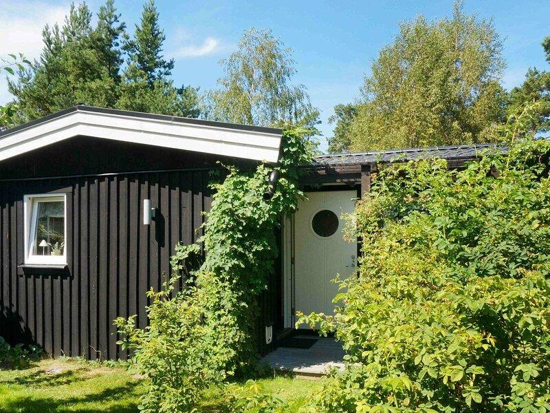 5 person holiday home in Mönsterås, alquiler vacacional en Ruda