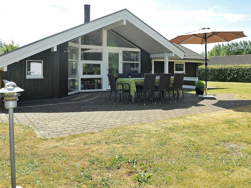 Pleasant Holiday Home in Ansager with Sauna, holiday rental in Give